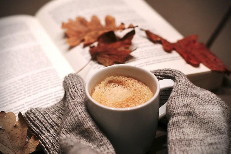 10 романтичних книг, які треба прочитати цієї осені