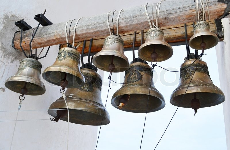 dzvoni3.jpg (104.35 Kb)