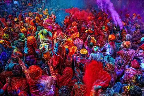 Холі – свято кольорів!