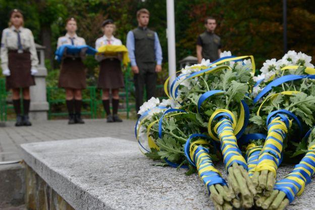 Українці, поховані за межами Батьківщини