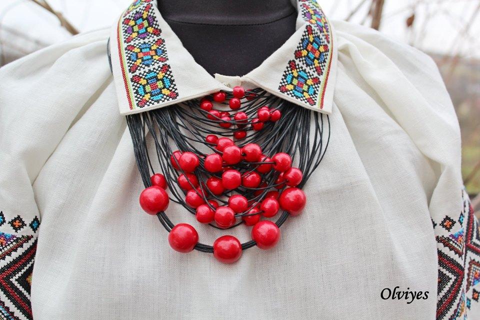 Olviyes – авторський одяг і аксесуари