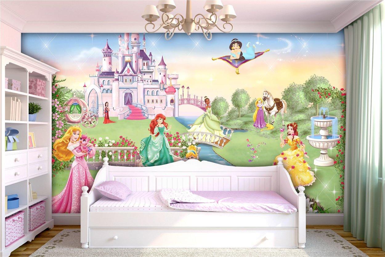 Сюжети з принцесами одні з найпопулярніших сюжетів в дитячу дівчинці