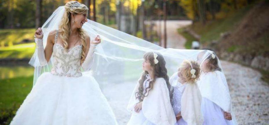 Колір весільної сукні
