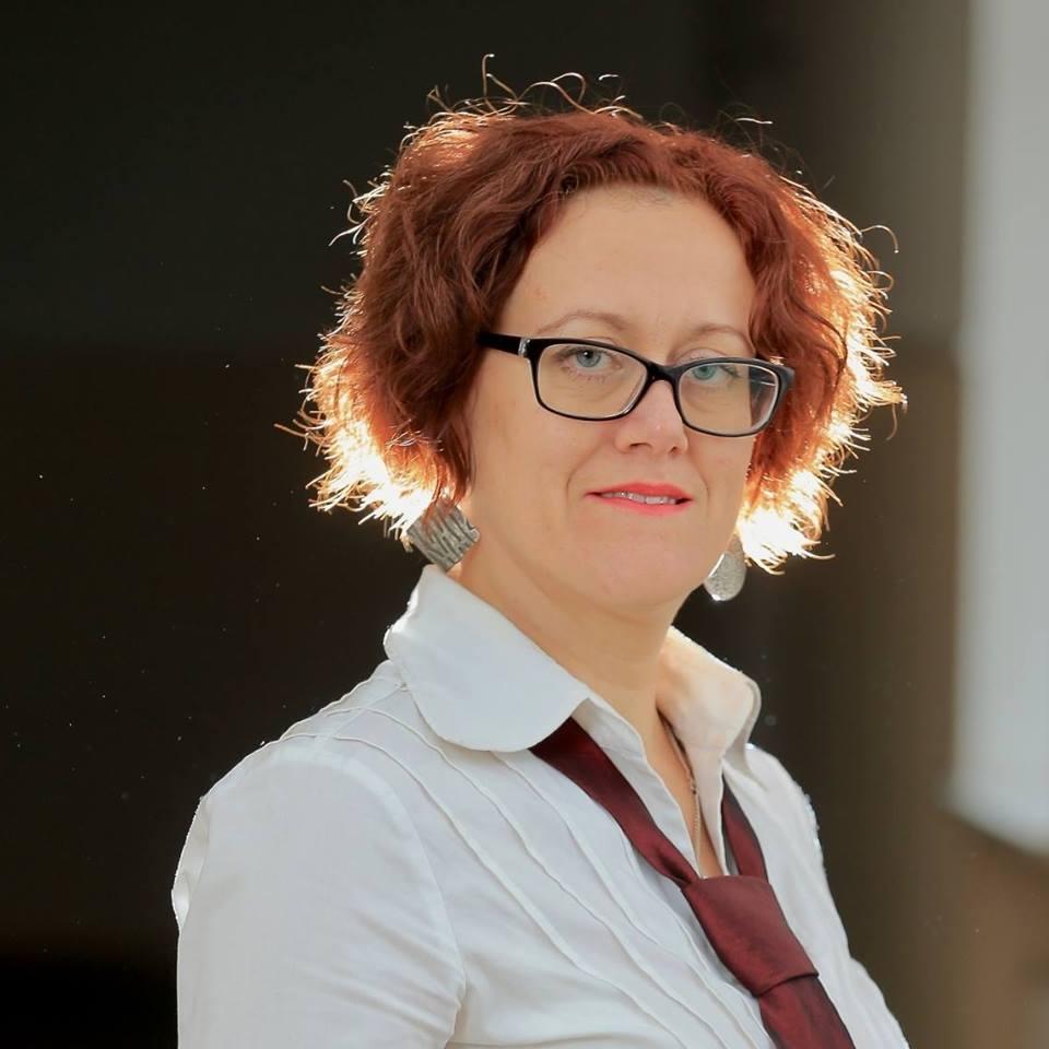 Ярина Скуратівська - чорним по білому та про інші барви творчого життя